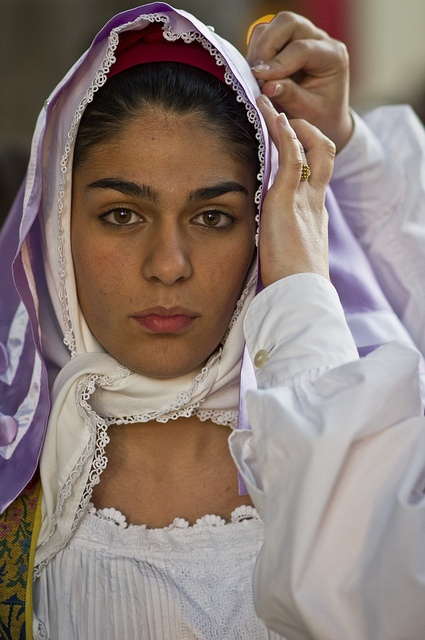 Italy, girl from Saregna by Suck My Click, via Flickr