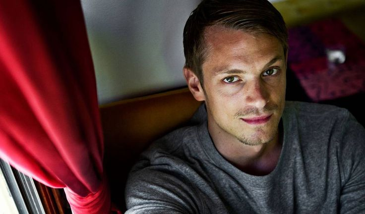 Photos of Joel Kinnaman, from The Killing to the new Robocop