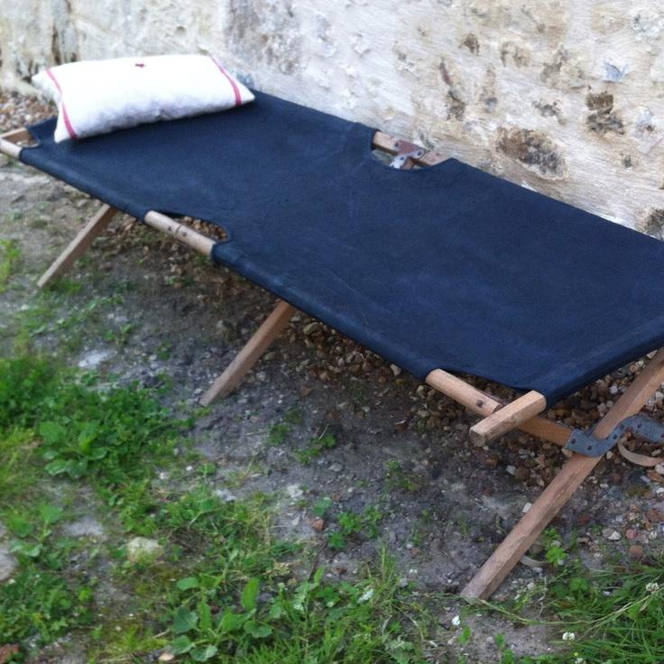 les 25 meilleures id es concernant lit de camp sur pinterest lits de camping lit camping et. Black Bedroom Furniture Sets. Home Design Ideas