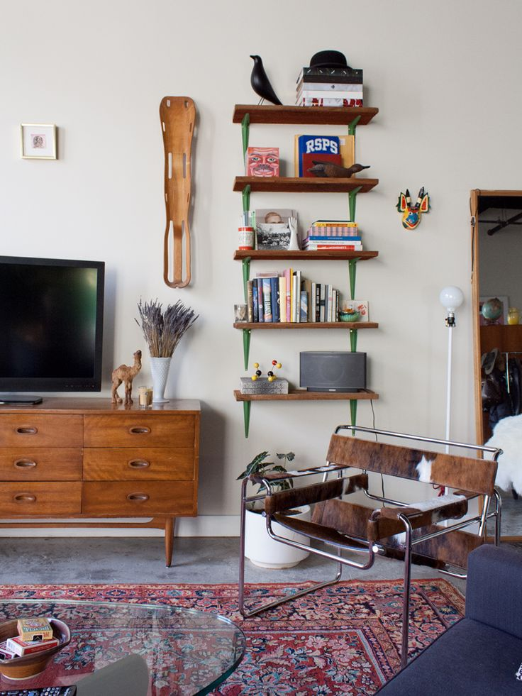 An Eclectic Apartment in Seattle, Fit For a Quirky Illustrator   Design*Sponge