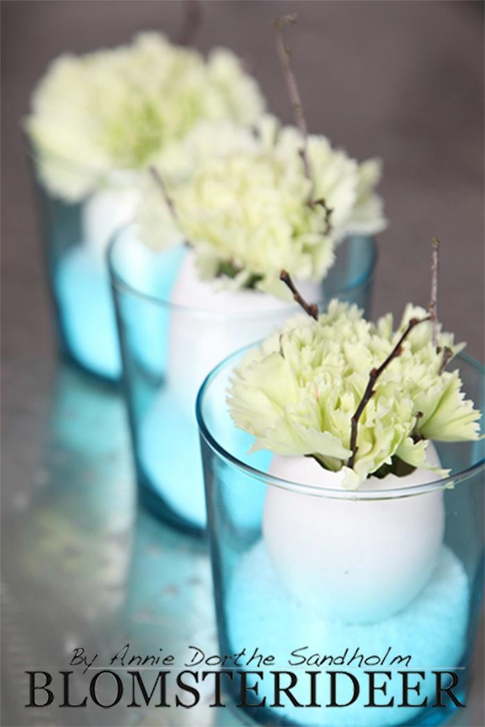 Så er der dejlig og nem Påske inspiration på bloggen. http://www.blomsterideer.dk/blomsterideer-uge-12-smuk-paske-dekoration/