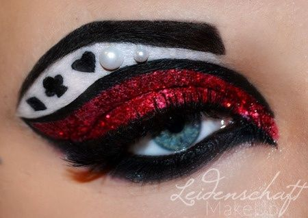 Queen of hearts alice in wonderland makeup
