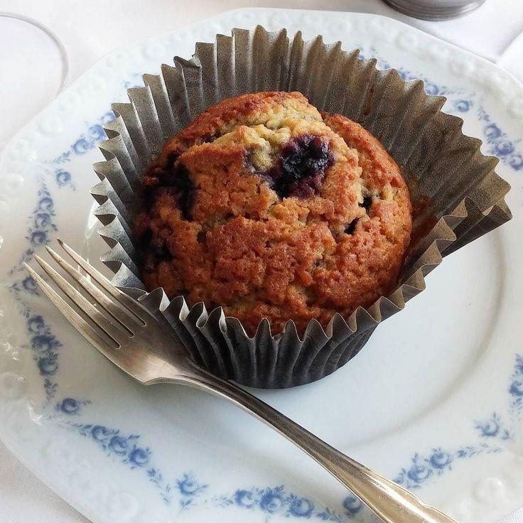 Mustikkamuffinssi. Hyvää äitienpäivää! #äitienpäivä #mustikka #muffins #itsetehty #ruokablogi #ruoka#kotiruoka #herkkusuu #lautasella#Herkkusuunlautasella#ruokasuomi