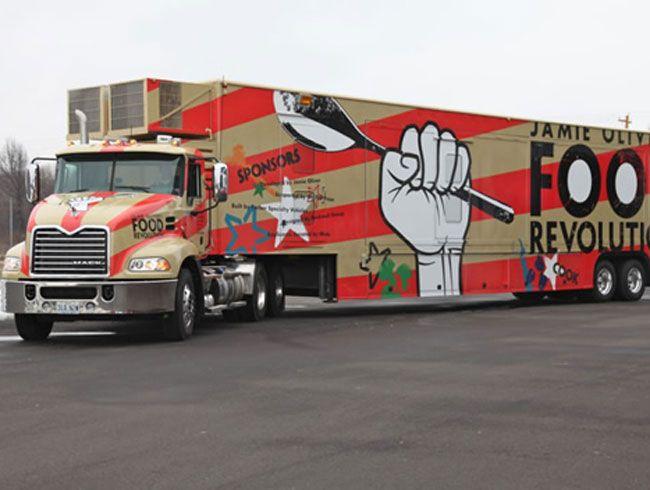 jamie oliver 39 s mega food truck of revolutionary meganess best celebrity chef food truck. Black Bedroom Furniture Sets. Home Design Ideas