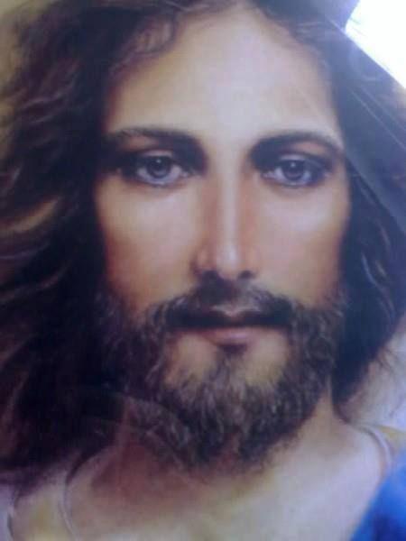 """""""Que Jesus resucitado ilumine todo lo que miramos"""" Felices Pascuas"""