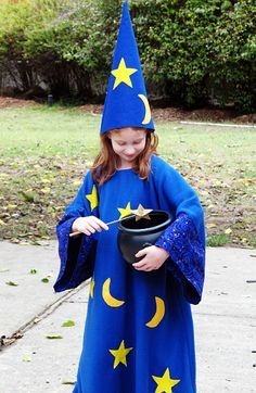wizard costume diy - super duper simple pattern for a wizard robe!