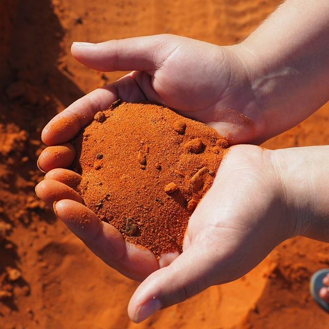 This is really the colour of the dirt at Gantheaume Point near Broome | seesomethingnew.com.au