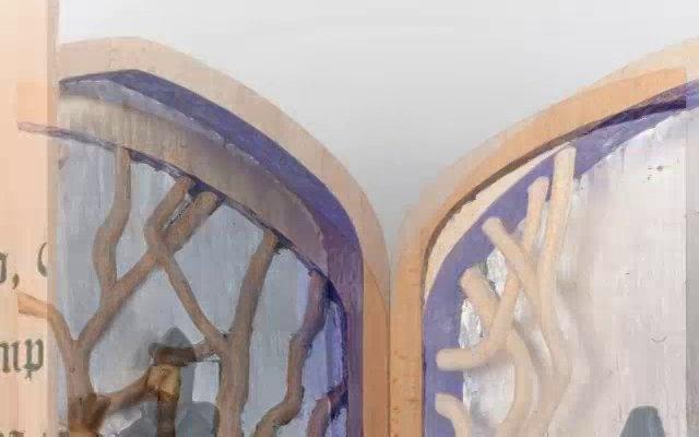 """Obras presentadas por los alumnos de la Escuela en su proyecto de """"Obra Final"""" el año 2012 para el Ciclo Formativo de Grado Medio de Artesanía y Complementos del Cuero y Ciclo Formativo de Grado Medio de Dorado y Policromía."""