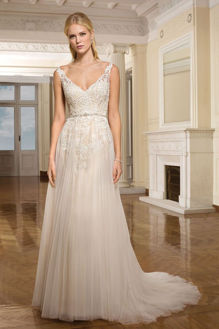 7 best new wedding dresses at allison louise bridal belper stunning wedding gown by cosmobella at allison louise bridal belper derbyshire ombrellifo Images
