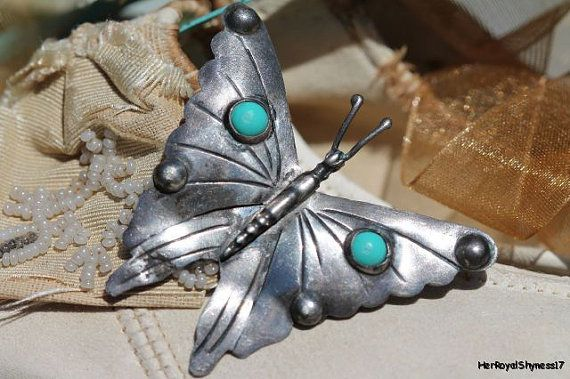 Vintage Mexican 925 Sterling Silver & Synthetic Turquoise Pretty Butterfly Insect Bug Brooch Pin