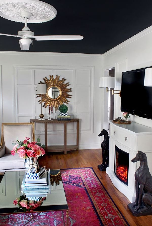 dash of magenta in a white room    like. 17 best ideas about Magenta Bedrooms on Pinterest   Long narrow
