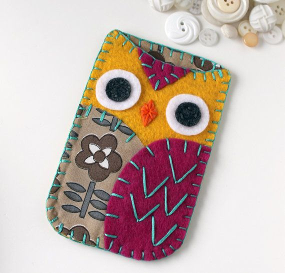 Phone case owl.