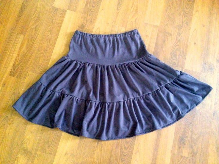 Women's peasant skirt - Link to tutorial
