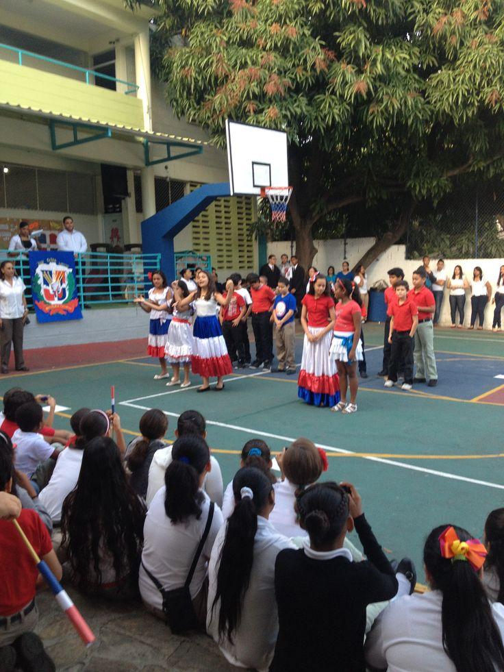 acto de independencia Colegio Santiago Apóstol