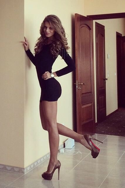 highheelsgorgeousfemalebodies:  For more pictures of Beautiful  Women like this please follow and visit highheelsgorgeousfemalebodies.tumblr.