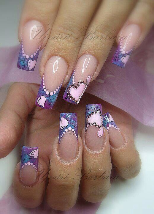 Acrylic nails, nail art, heart nails, unhas