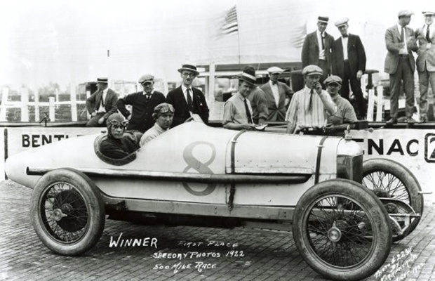 Indy 500 winner 1922: Jimmy Murphy  Starting Position: 1  Race Time: 5:17:30.790  Chassis/engine: Duesenberg/Miller