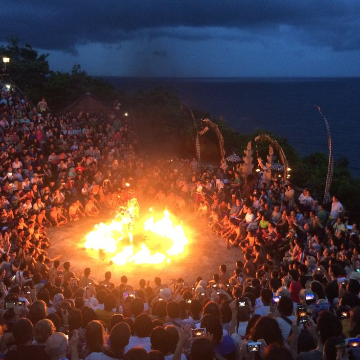 Uluwatu Temple and Kecak Ramayana Fire Dance