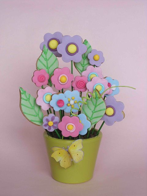 Cookie bouquet by bubolinkata, via Flickr