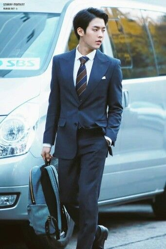 Btob minhyuk. Looking dapper as hell