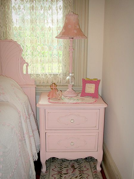 Vintage Pink Night Stand- trying to get the courage to paint my dark vintage bedroom suite...this is so much brighter and cheerier than the dark wood. :)