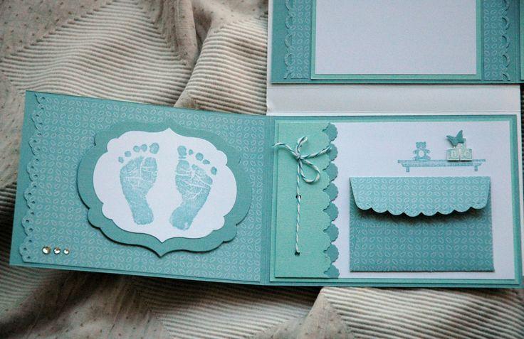 Guarda los mejores recuerdos del bebé con un álbum de fotos para el bebé y sus ecografías. Recoge sus mejores fotos en su primer año de vida en un álbum personal.