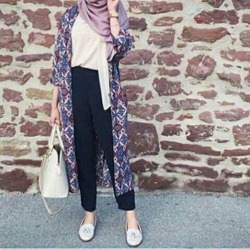 hijab, hijabista, and spring image