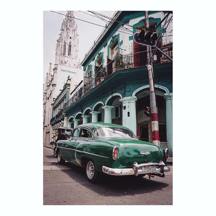 Imarchi or green imarchi #habana #habanavieja #havana #lahabana #cuba #cubanstyle #cuban #viajeros #travelling #travelers #tourism #travelingram #tourist #touristmode #destinationphotographer #photooftheday #classiccar #car #coche #vintagecar #retrocars #classic #vintagestyle #retrocar #classiccars #carporn #instacar #oldcar #automotivephotography See it in Instagram http://ift.tt/2zmm7Xn imarchi imarchi.com photographer fotografo Madrid Spain photography Phoneography iPhoneograp imarchi…