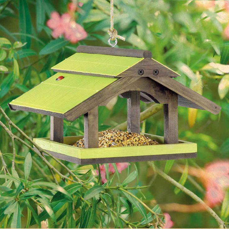 17 meilleures id es propos de mangeoires oiseaux sur pinterest aliments pour oiseaux for Comfabriquer cabane oiseau