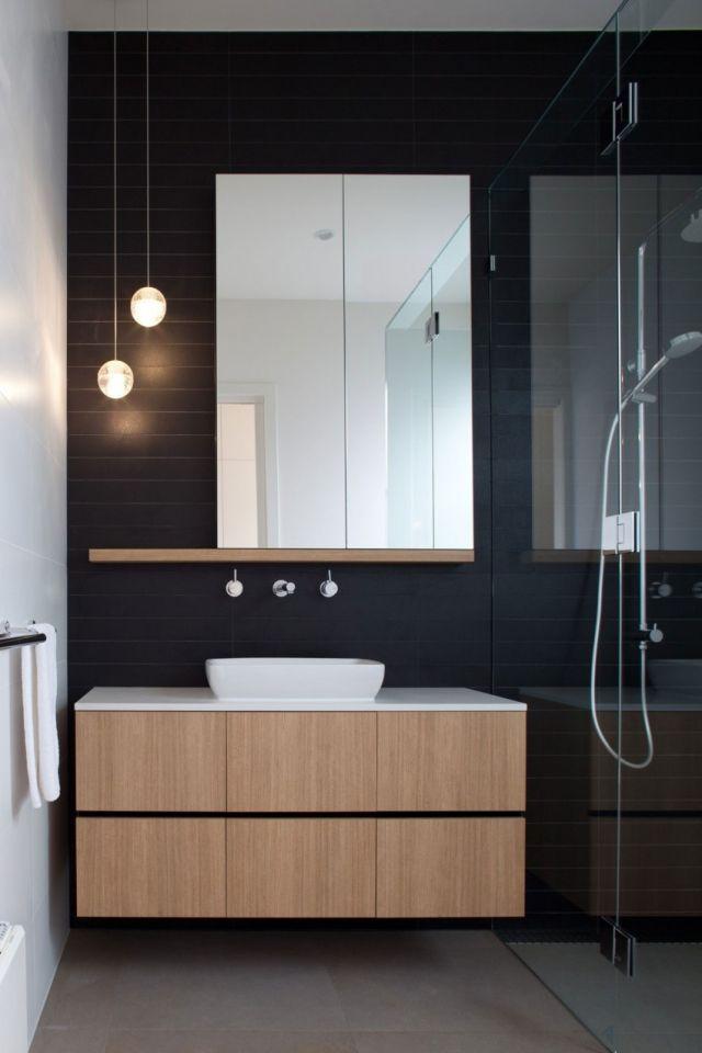 Modern Bathroom With Wood And Black Walls Salle De Bain Bois