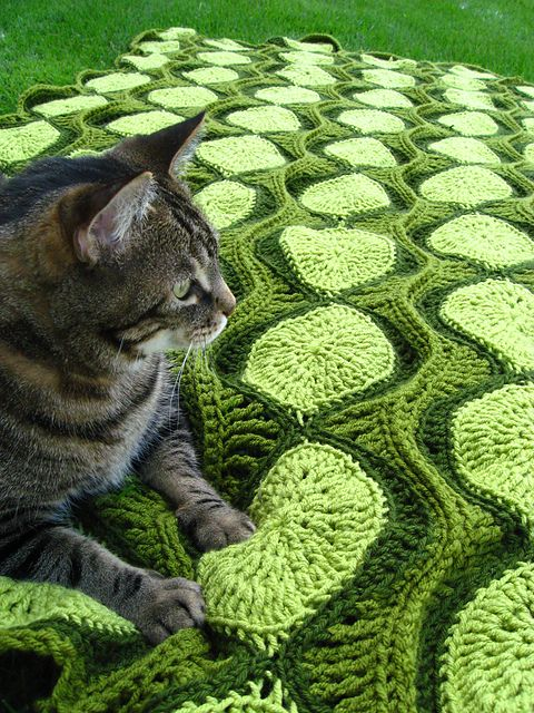 """This would be fabulous in blues and yellows a la Van Gogh """"Starry Night""""-  Ebb & Flow Retro Afghan  pattern by Joleen Kraft (paid on revelry)"""