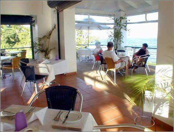Welcome to Benjor Beach Club, your beachside resort located at picturesque Mele Bay, Vanuatu - http://www.benjor.vu/