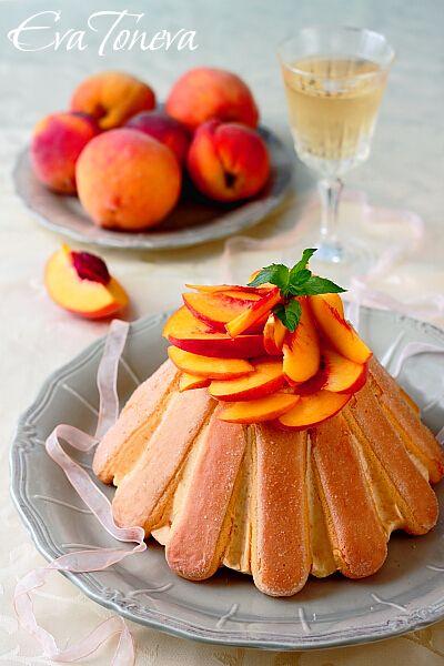Charlotte with peaches Cake italian food