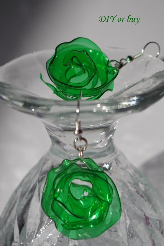 17 best images about upcycling on pinterest recycling for Jewelry made from plastic bottles