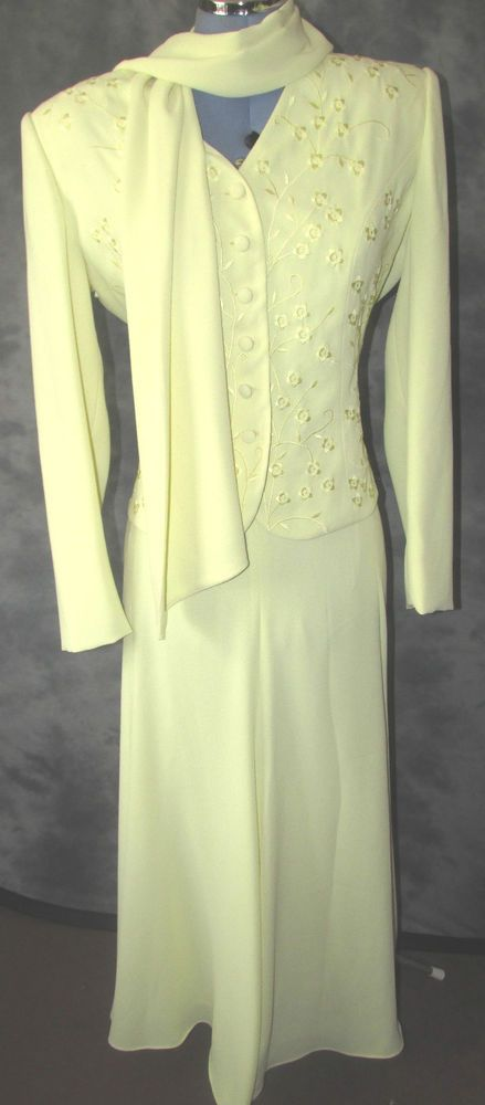 Gina,ladies,size 10,yellow v neck,long sleeved,Mother of The Bride,Skirt Suit