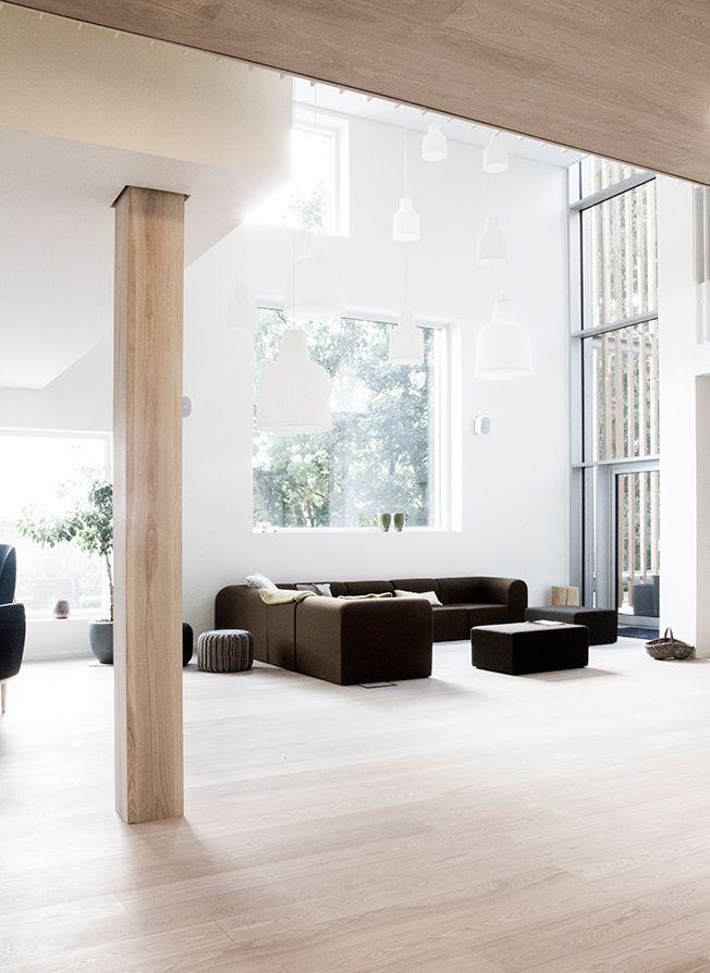 minimal light filled room, http://leibal.com/architecture/lysningen/ #minimalism #minimalist #minimal