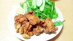 楽天が運営する楽天レシピ。ユーザーさんが投稿した「低糖質!おからパウダーde鶏の唐揚げ」のレシピページです。おからパウダーでもちゃんとサクサクの仕上がりになりました。だだ、時間がたつと…。。鶏の唐揚げ。鶏モモ肉,おろし生姜(チューブのもの),おろしニンニク(チューブのもの),大葉(なくてもOK),酒,醤油,卵白身,おからパウダー