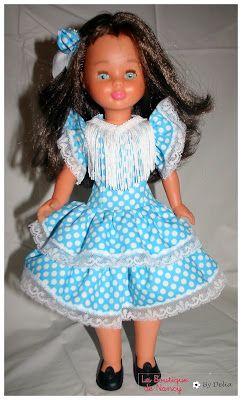 Hoy os voy a enseñar las replicas de dos modelos de nancy. El vestido de gitana está mejorado, por que la cinta que llevaba el vesti...