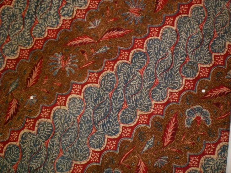 Vintage Indonesian batik. Handrawn, named Kopi Tutung with parang style. Made in early 1900. One of my favorite batik ❤