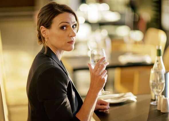 Doctor Foster season 2: Suranne Jones reveals THIS convinced her to return as Gemma Foster - http://buzznews.co.uk/doctor-foster-season-2-suranne-jones-reveals-this-convinced-her-to-return-as-gemma-foster -
