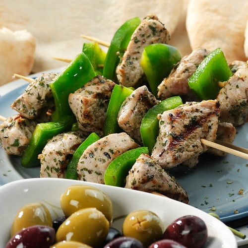 GREECE - Souvlaki - get the typical Greek flavour in an instant with the Souvlaki Melange herbs. - #Oil  & Vinegar, #Greece , #Recipes