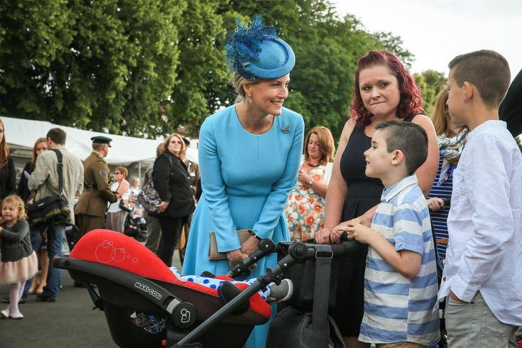 Royaler Besuch: Gräfin Sophie von Wessex in Paderborn ...