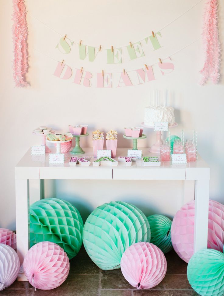 Te invito a una fiesta del pijama. Sweet Dreams | Comodoos Interiores··Blog decoración··Proyectos Decoración Online··