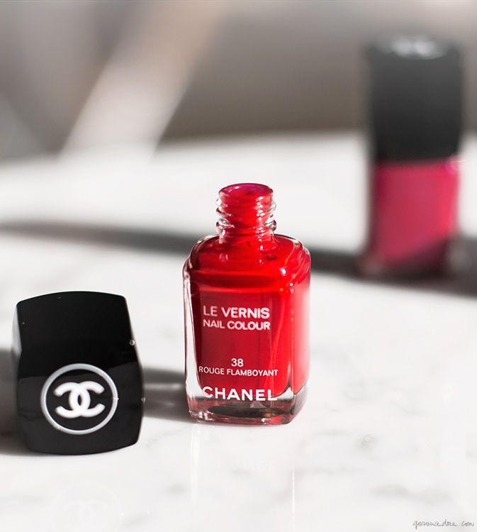 Chanel Les Rouges, nail polish / Garance Doré