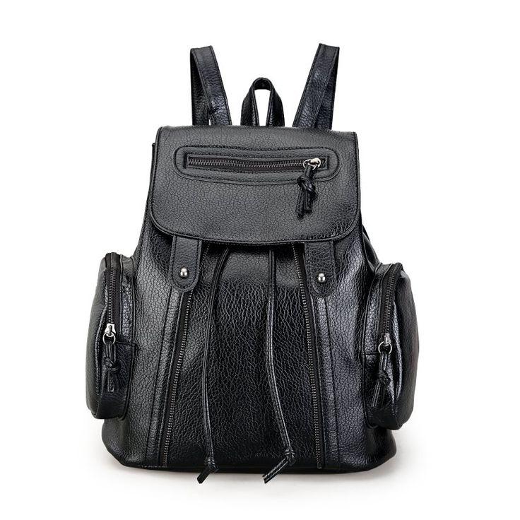 Jual Backpack Fashion, Tas Punggung Wanita Online Hitam - 21103 Black  Tinggi : 34cm  Lebar : 29cm  Tebal : 18cm  Cara Buka : Magnet  Tempat Laptop : Tidak Ada  Bahan : PU Berat : 800gr