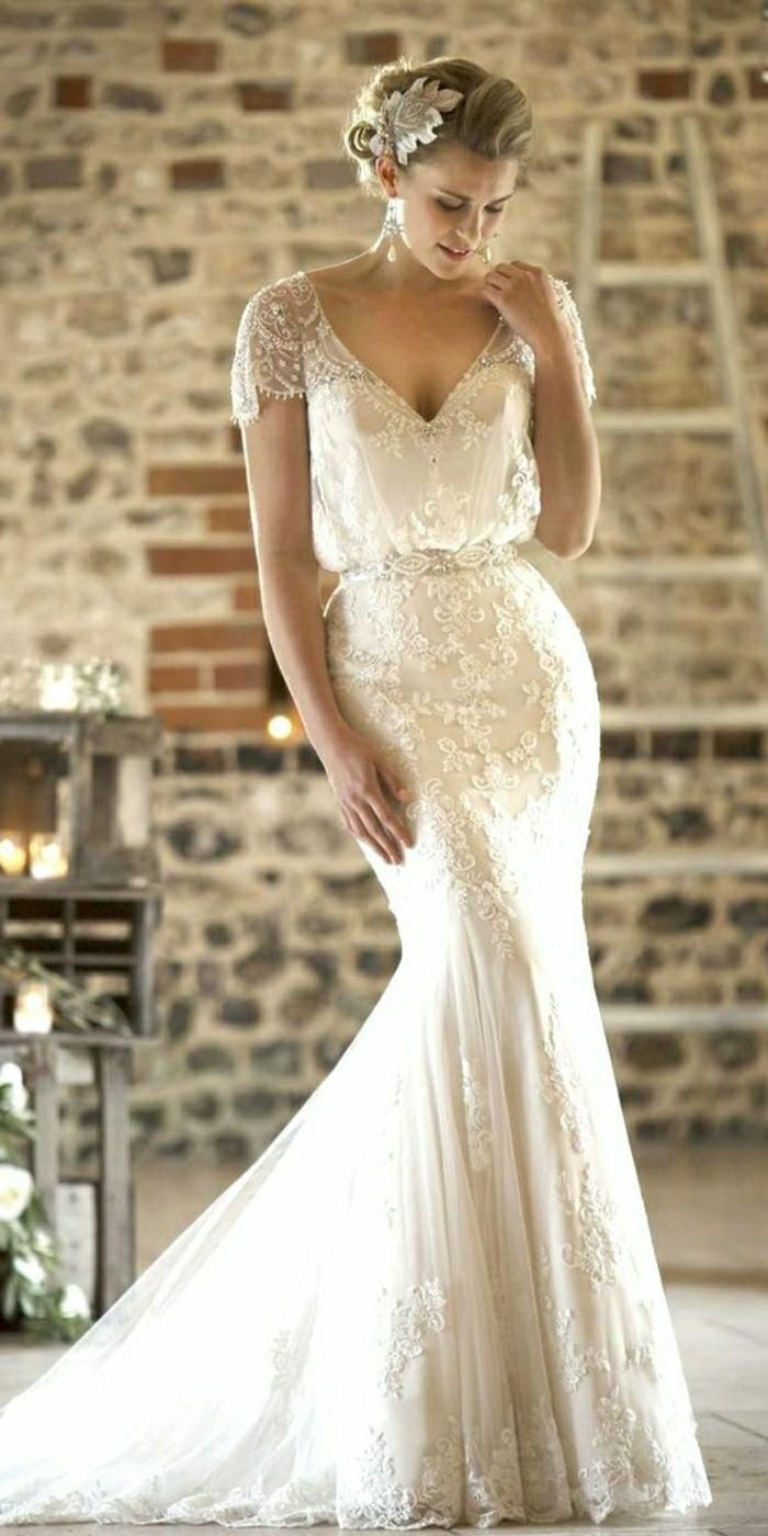 Vintage Inspired Wedding Dresses Young Blonde Bride Looking Down Wear Vintage Inspired Wedding Dresses Long Sleeve Wedding Gowns Vintage Style Wedding Dresses