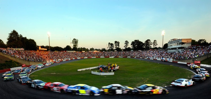 Bowman Gray. Oldest NASCAR track still in use.  #historyDriver Racing, Nascar Nwes, Motorsport Nascar, Nwes Nascareurop, European Nascar, Euro Racecar, Euro Series, Nascareurop Nascareuroseri, Nwes Driver