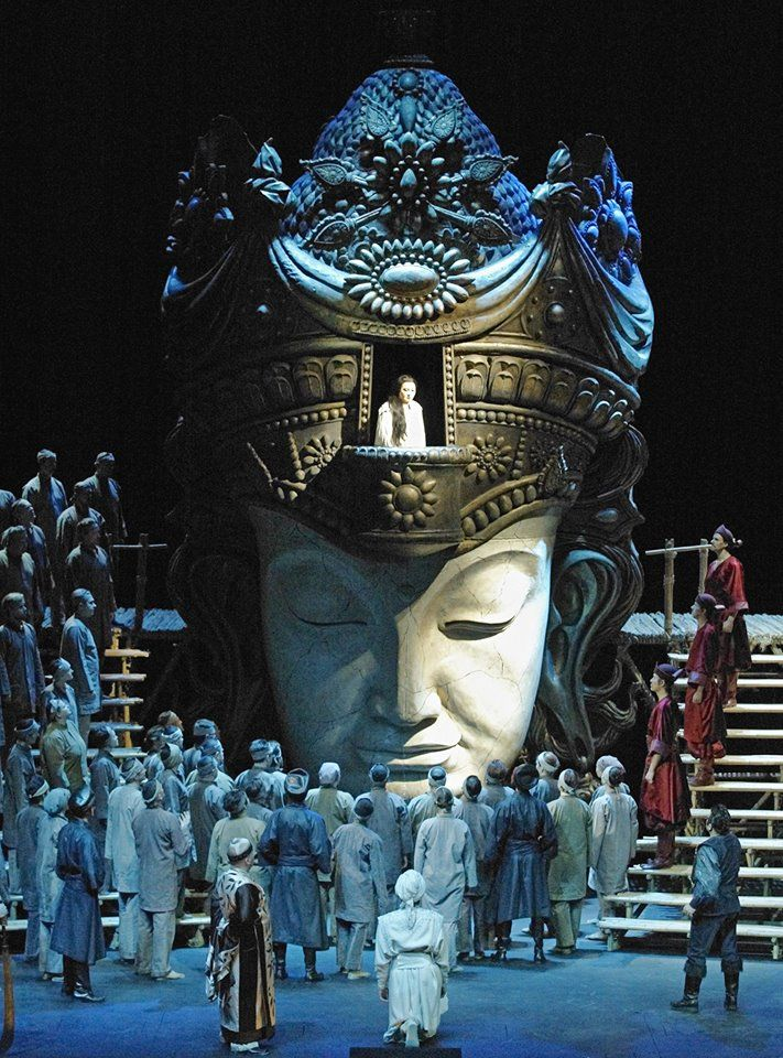 Giacomo Puccini - Turandot. Finnish National Opera 2013. Producer: Sonja Frisell. Sets, Costumes: Jean-Pierre Ponnelle. Lighting: Joan Sullivan Genthe. Photo credit: Finnish National Opera, Helsinki, Finland http://www.ooppera.fi