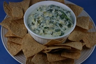 I like this because it doesn't call for flour - Slow Cooker Spinach Artichoke Dip (Gluten Free): Crock Pots, Slow Cooking, Dips Recipe, Spinach Artichokes, Slow Cooker, Crockpot Spinach, Spinach Dip, Artichokes Dips, Cream Chee