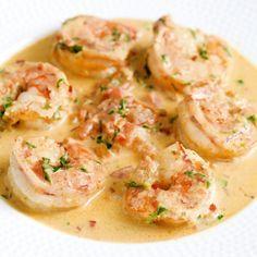 Scampi's in pittige tomatenroomsaus Lekker met ciabatta